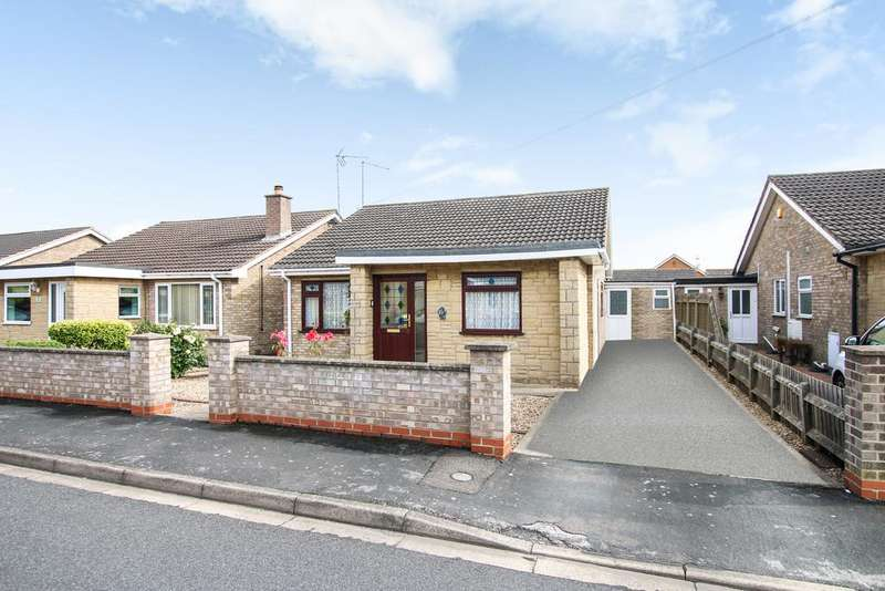 4 Bedrooms Detached Bungalow for sale in Storers Walk, Whittlesey