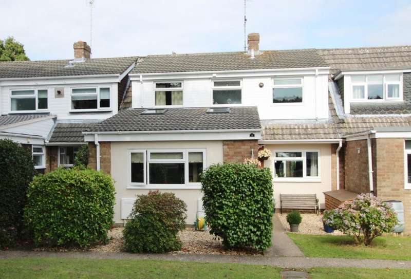 4 Bedrooms Terraced House for sale in HYTHE