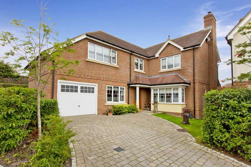 4 Bedrooms Detached House for sale in Luxford Lane, Crowborough