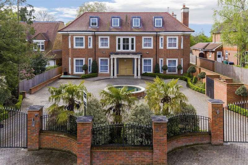 7 Bedrooms Detached House for sale in Beech Hill, Hadley Wood, EN4