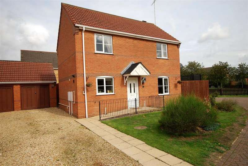 3 Bedrooms Detached House for sale in Kensington Close, Holbeach Spalding