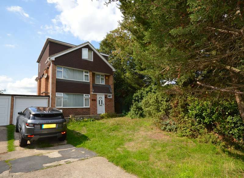 5 Bedrooms Detached House for sale in Notley Road, Braintree, CM7