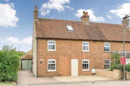 6 Bedrooms Semi Detached House for sale in Bedford Road, Wootton, Bedford, Bedfordshire
