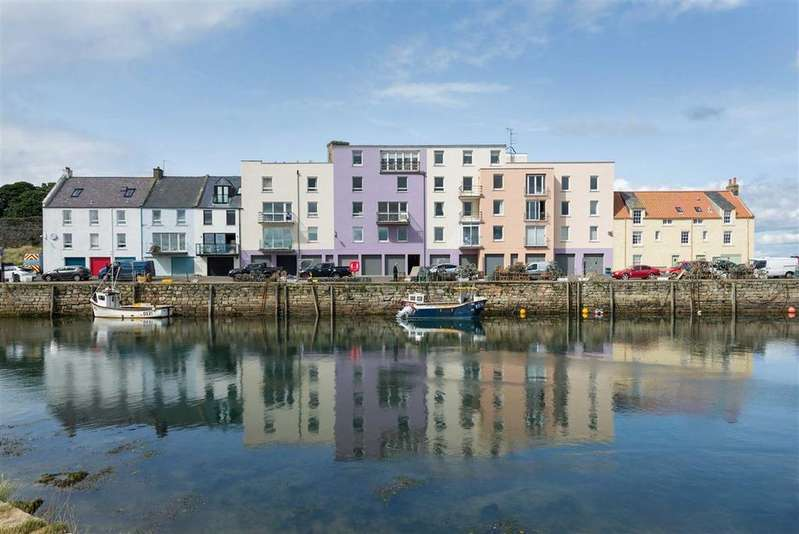 3 Bedrooms Flat for sale in Shorehead, St Andrews, Fife