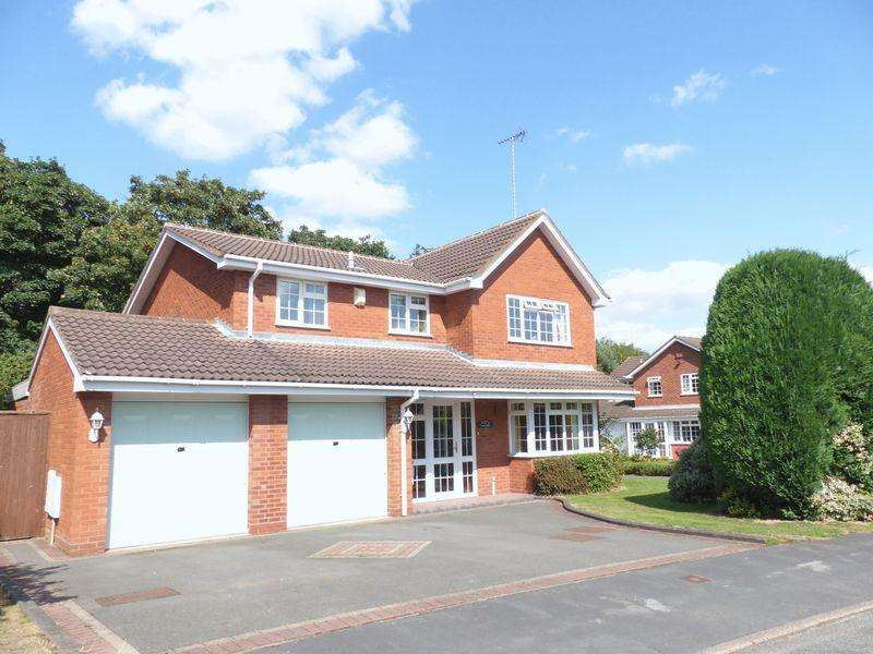 4 Bedrooms Detached House for sale in Sherratt Close, Sutton Coldfield