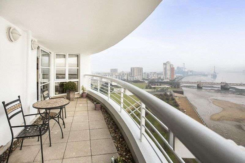 2 Bedrooms Property for sale in Barrier Point Road, London