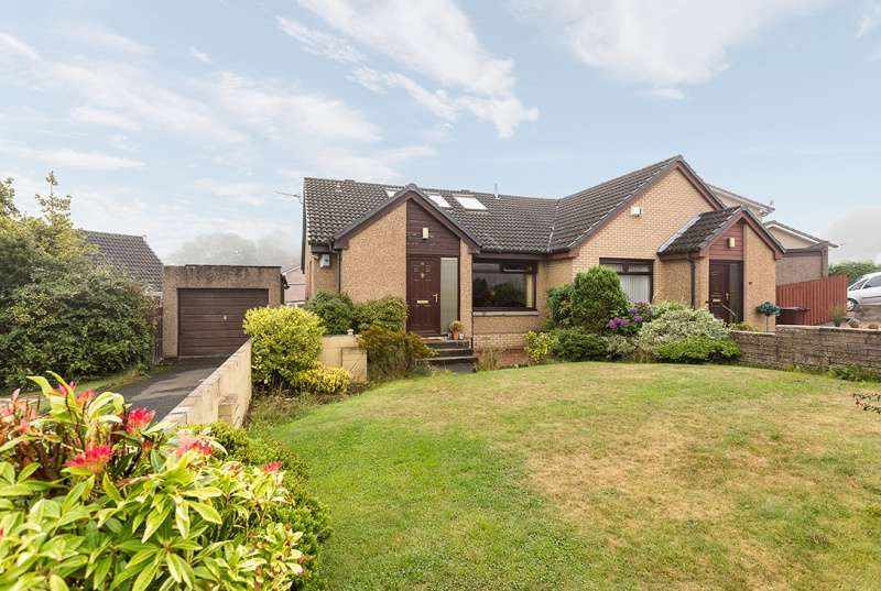 3 Bedrooms Semi Detached House for sale in Loftus Road, Dundee, Angus, DD3 9TE