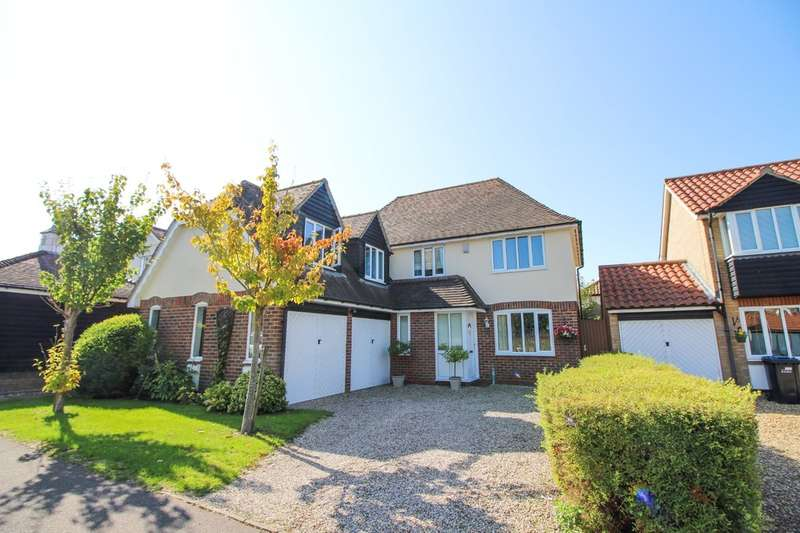 4 Bedrooms Detached House for sale in Felsham Chase, Burwell