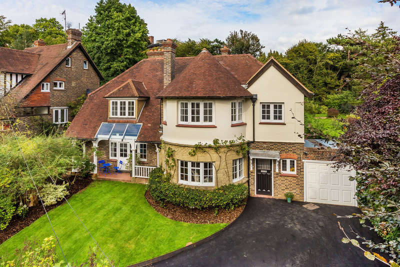 6 Bedrooms Detached House for sale in Woodhurst Park, Oxted, RH8
