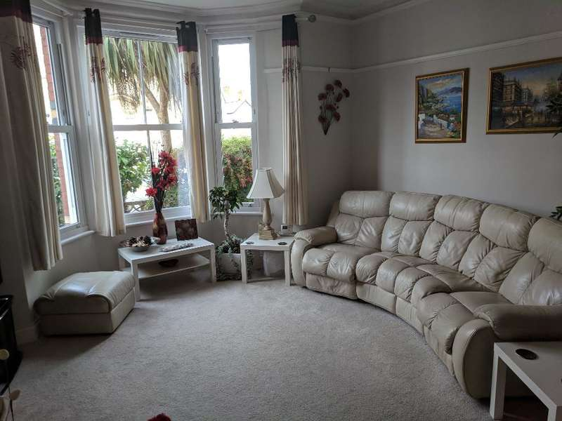 7 Bedrooms Semi Detached House for sale in Lawson Road, Colwyn Bay, LL29 8HB