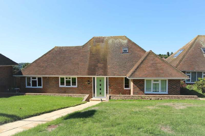 4 Bedrooms Detached House for sale in Micheldene Road, East Dean, BN20 0JZ