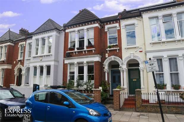2 Bedrooms Flat for sale in Edgeley Road, London