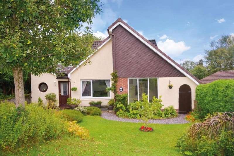 4 Bedrooms Detached House for sale in Newton Crescent, Dunblane, Stirling, FK15 0DZ