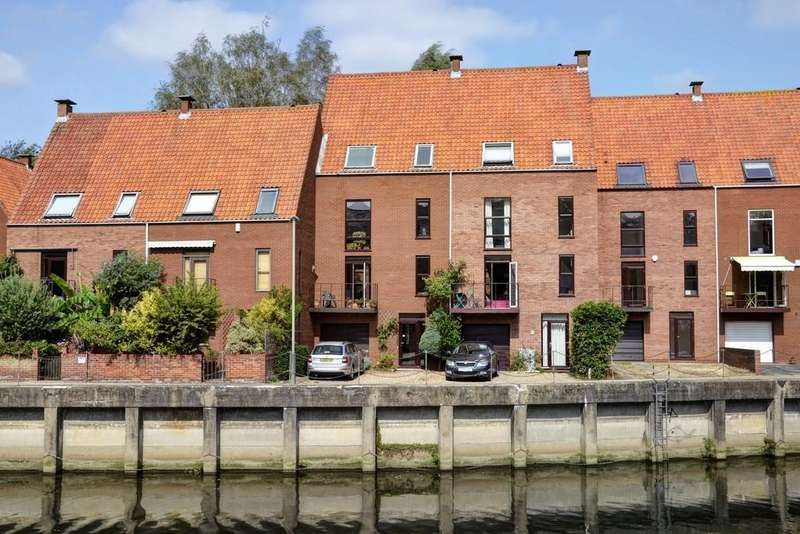 5 Bedrooms Town House for sale in City Centre, Norwich