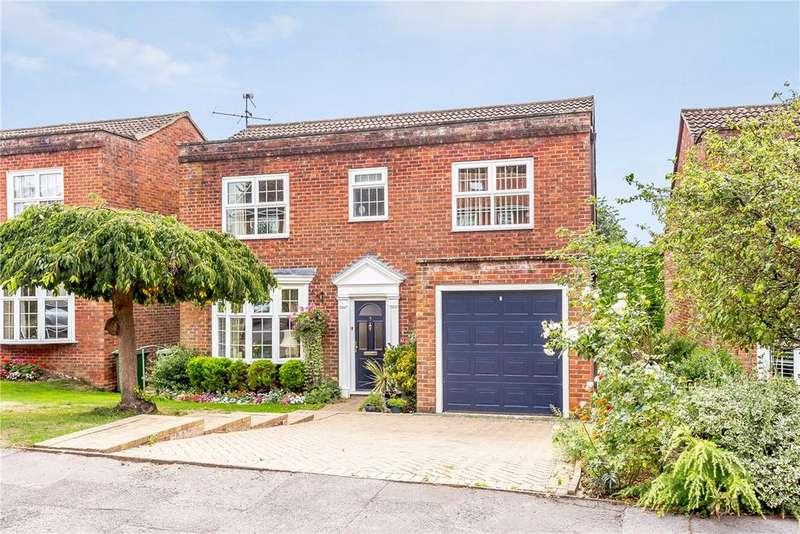 4 Bedrooms Detached House for sale in Jesmond Dene, Newbury, Berkshire, RG14