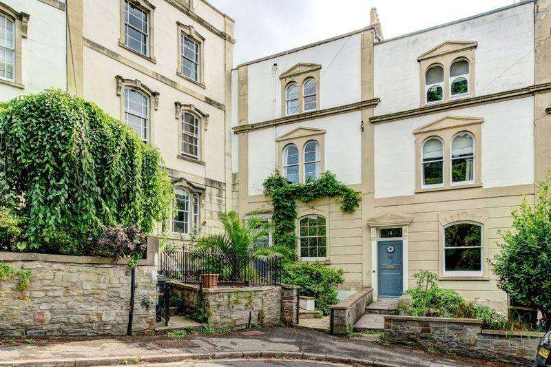 5 Bedrooms Terraced House for sale in Camden Terrace, Clifton