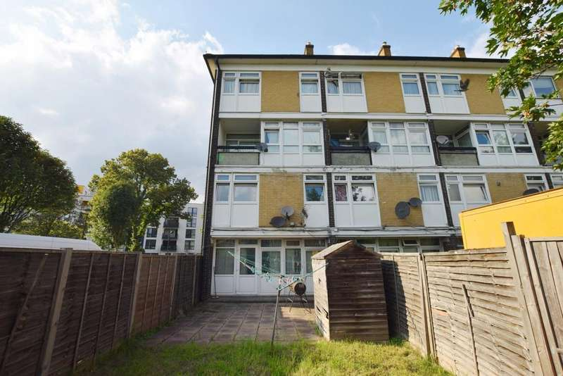 3 Bedrooms Maisonette Flat for sale in Barrington Road Stockwell SW9