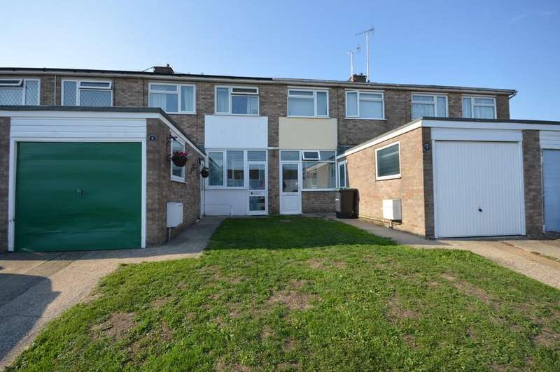 3 Bedrooms Terraced House for sale in Litchfield, Harwich