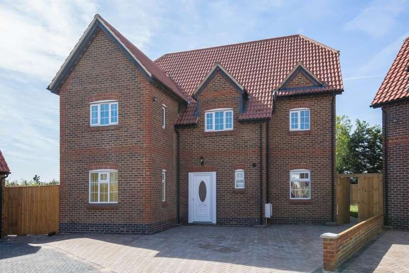 5 Bedrooms Detached House for sale in Woodhill Crescent, Kenton HA3 0LY