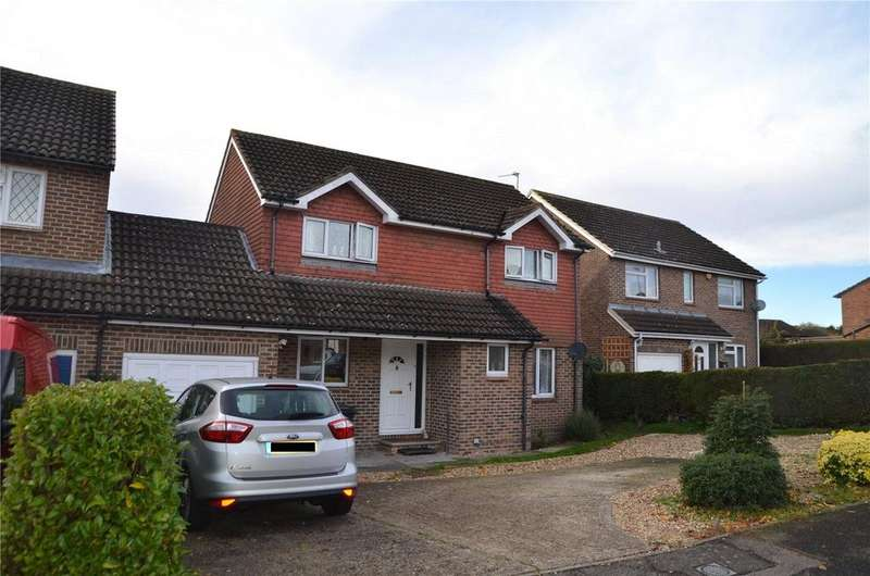 4 Bedrooms Link Detached House for sale in Torcross Grove, Calcot, Reading, Berkshire, RG31