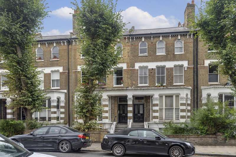 1 Bedroom Ground Flat for sale in Caversham Road, London, NW5