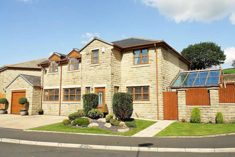5 Bedrooms Detached House for sale in Chimes Court, Grotton, Saddleworth