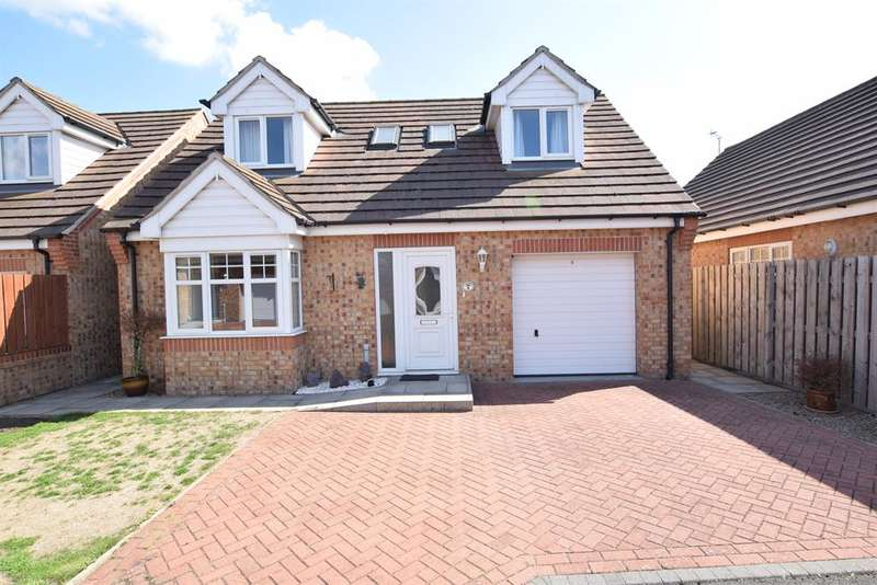 3 Bedrooms Detached House for sale in Chancel Court, Scunthorpe, DN16 3NX