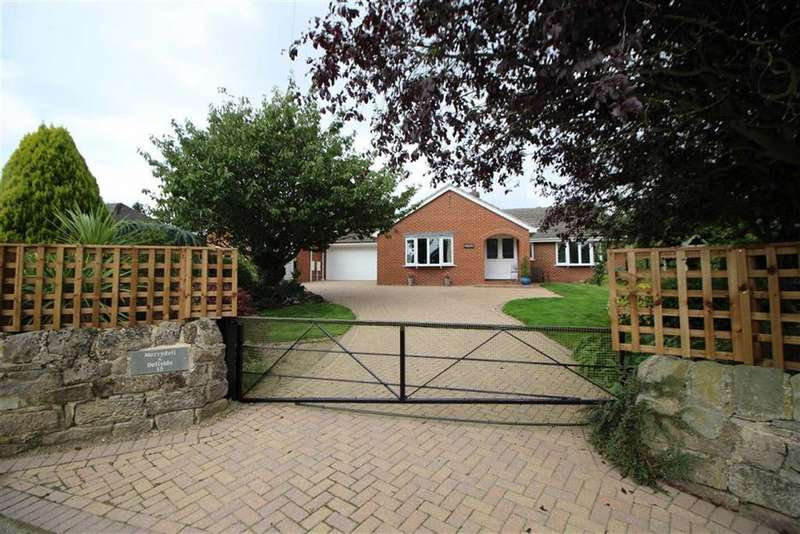 4 Bedrooms Detached Bungalow for sale in Plains Lane, Blackbrook, Derbyshire