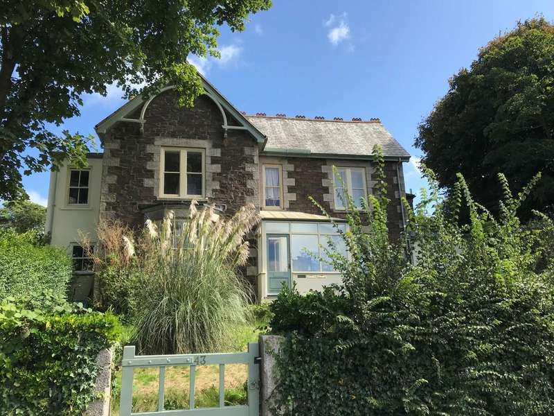 4 Bedrooms Link Detached House for sale in Clinton Road, Redruth