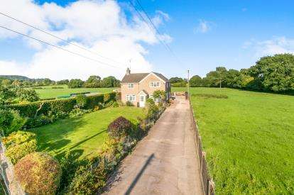 3 Bedrooms Detached House for sale in Egerton, Malpas, Cheshire, SY14
