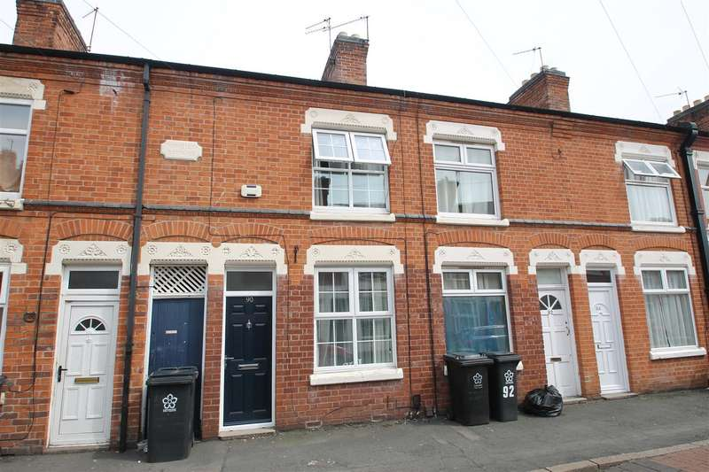2 Bedrooms Terraced House for sale in Luther Street, West End, Leicester