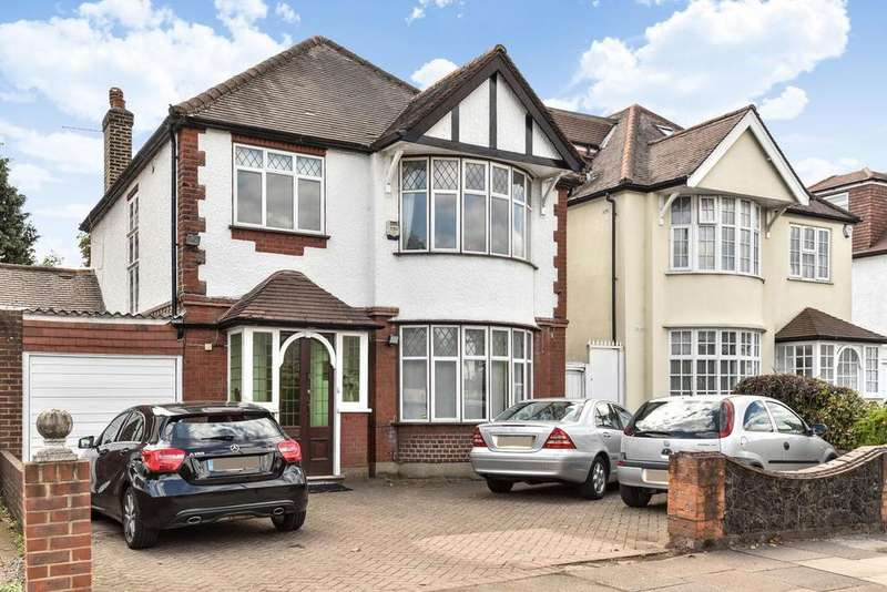 4 Bedrooms Detached House for sale in Popes Lane, Ealing