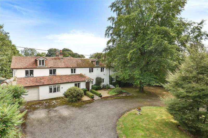 5 Bedrooms Detached House for sale in Kempshott Park, Dummer, Hampshire, RG25