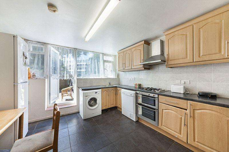 4 Bedrooms Terraced House for sale in Coburg Crescent, London