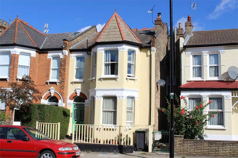 2 Bedrooms Flat for sale in Alexandra Park Road, Alexandra Park, London