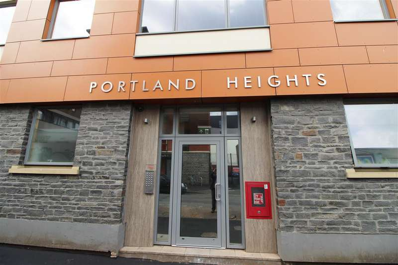 2 Bedrooms Apartment Flat for sale in Portland Heights, Dean Street, Bristol