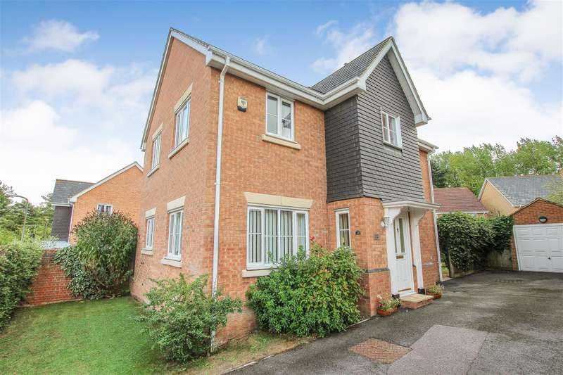 4 Bedrooms Detached House for sale in Hever Close, Pitstone, Leighton Buzzard, LU7 9FH
