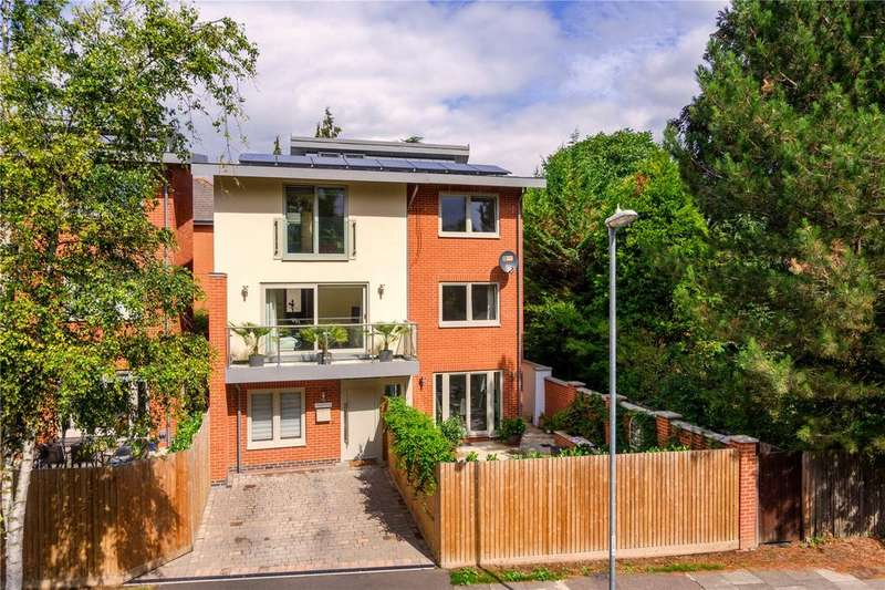 4 Bedrooms Detached House for sale in Hills Avenue, Cambridge, CB1
