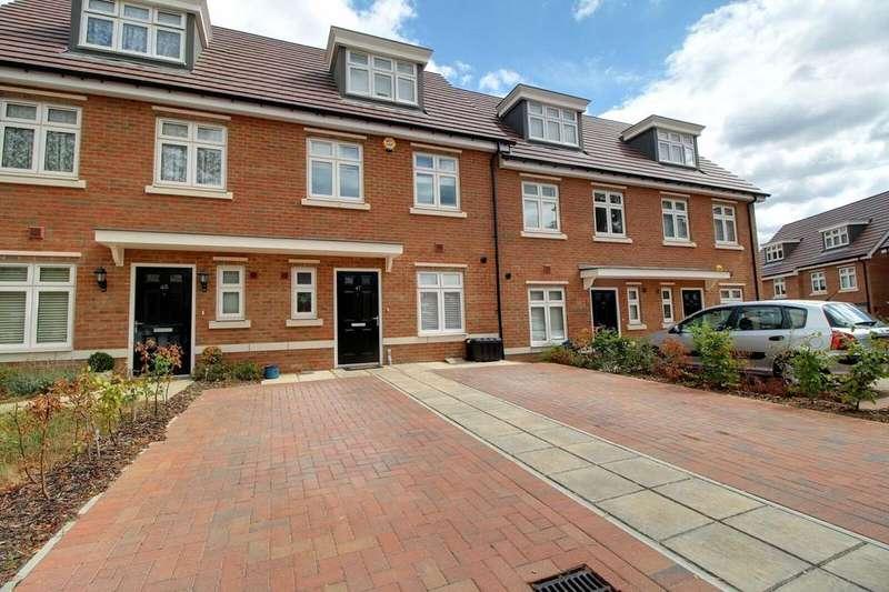4 Bedrooms Terraced House for sale in Faringdon Road, Earley, Reading, Berkshire, RG6