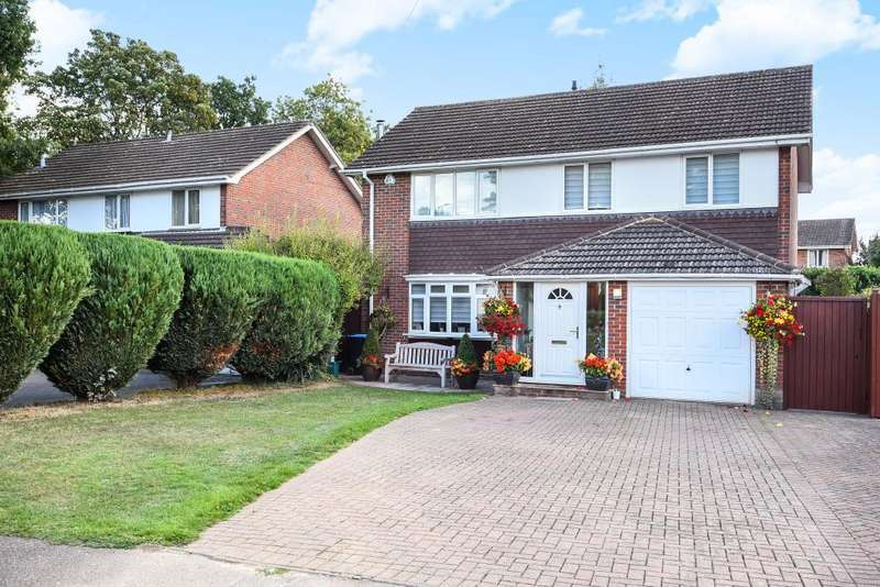 4 Bedrooms Detached House for sale in Leverstock Green, Hertfordshire, HP3