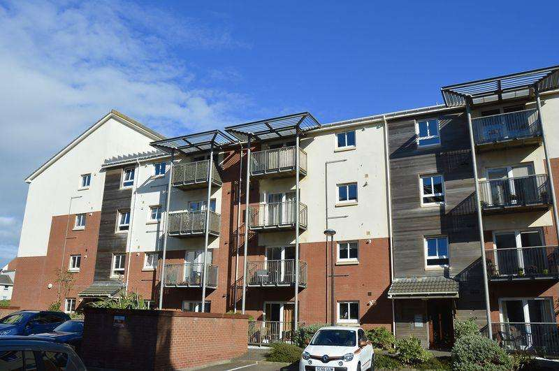 2 Bedrooms Ground Flat for sale in Glenford Place, Ayr
