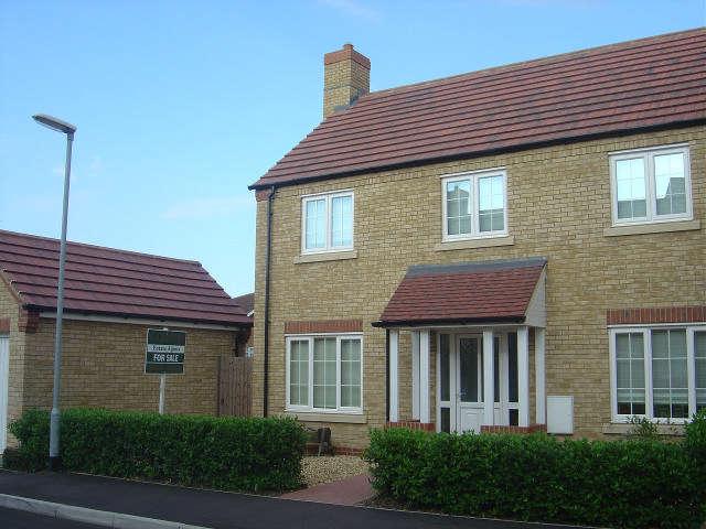 4 Bedrooms Town House for sale in Sir Peter Scott Road, Sutton Bridge, Lincs, PE12 9SE