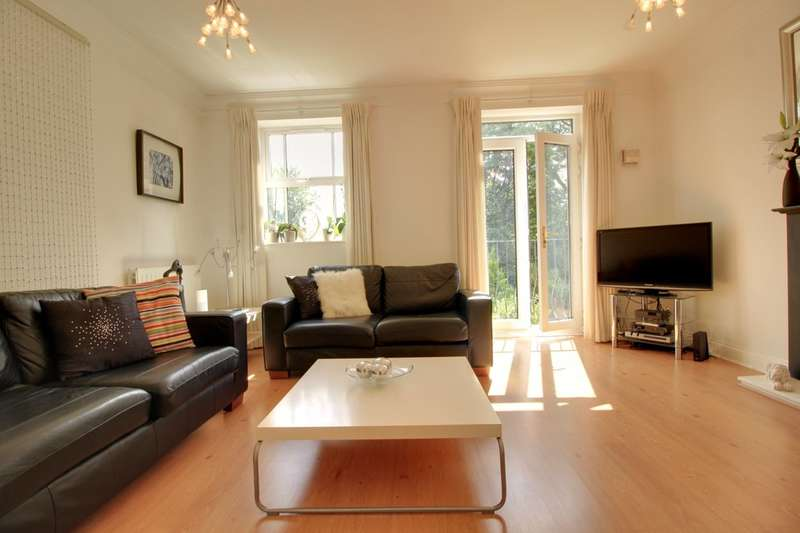 4 Bedrooms Terraced House for sale in Courtlands Close, Edgbaston, West Midlands