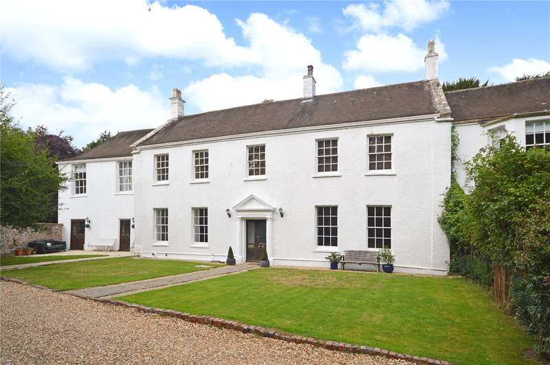 4 Bedrooms Terraced House for sale in Ferney, Dursley, Gloucestershire, GL11