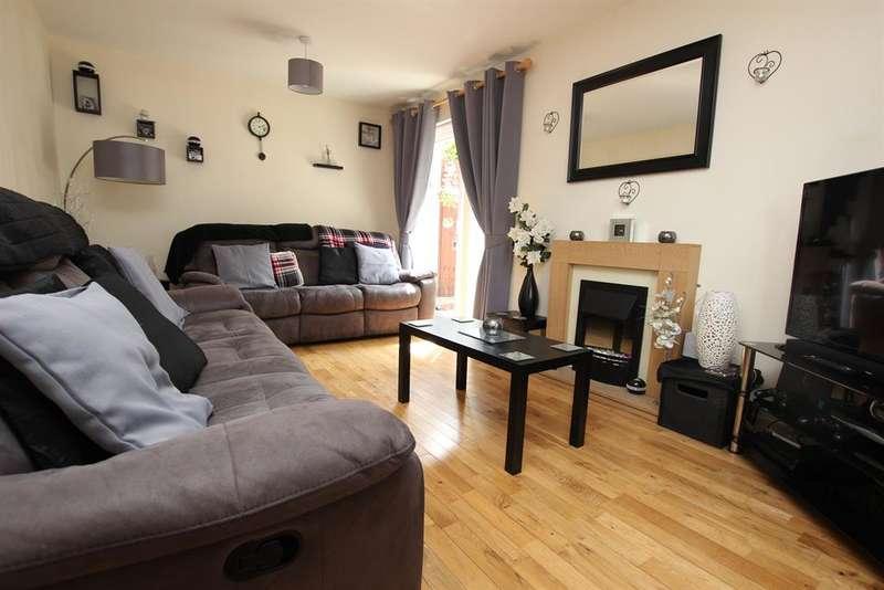 3 Bedrooms Mews House for sale in Burton Close Darwen BB3 2UQ