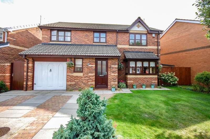 4 Bedrooms Detached House for sale in Cormorant Drive, Redcar TS10