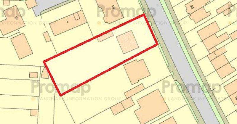 Land Commercial for sale in Oakley Road, Luton