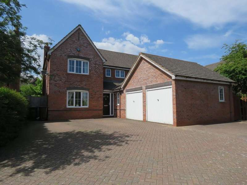4 Bedrooms Detached House for sale in Tythe Barn Lane, Dickens Heath
