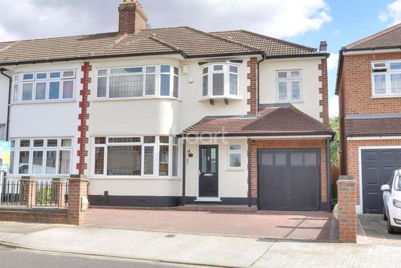 4 Bedrooms Semi Detached House for sale in Stanley Avenue, Gidea Park