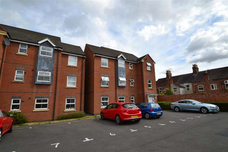 2 Bedrooms Apartment Flat for sale in Lime Tree Grove, Loughborough
